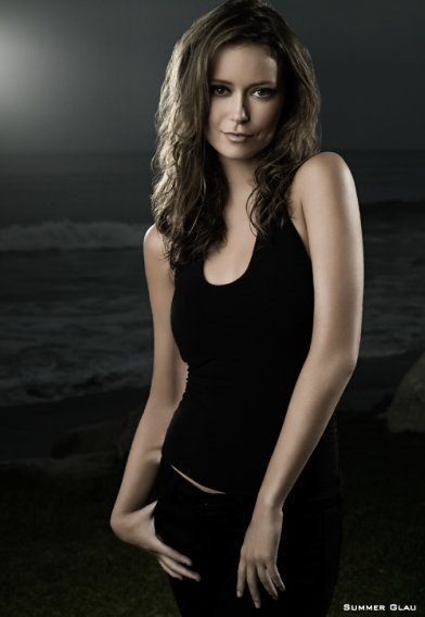 Summer-Glau-Men-s-Health-Outtakes-summer-glau-7075711-392-568.jpg